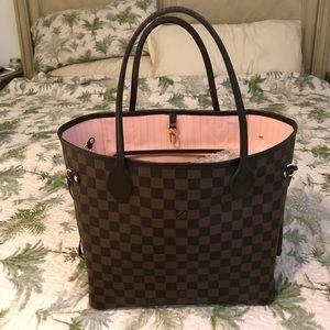Authentic Louis Vuitton Neverfull Damier Mm bag